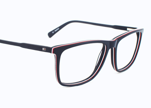 5aed3deaa2 Tommy Hilfiger